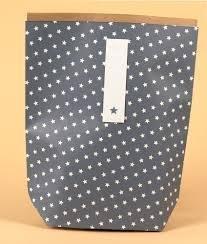 Paper bags met binnenlaag Vintage ster 16 x 14.5 6.5 cm  inhoud 5 stuks blauw