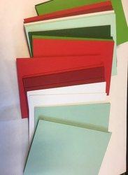 Envelop 8.1x11.4cm p/18st groen/rood met kaartje A7/C7
