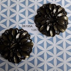 Brons bloem gesloten 4 lagen 5 cm per stuk brons