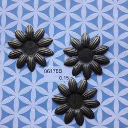 Brons bloem middel gesloten 4 cm per stuk brons
