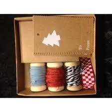 Cadeauset 3 klossen 12 labels kerstboom Lintje p/set