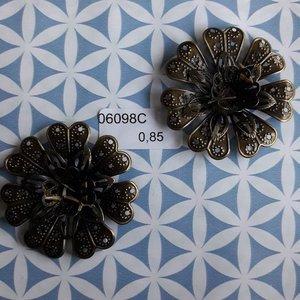 Filigraan bloem 3 lagen 4 cm per stuk brons
