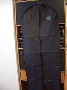 Uitverkoop: luxe kledinghoes PEVC met kleine bestaande bedr 60 x 135 cm per stuk zwart