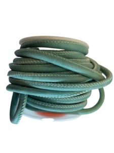 Leer zeeblauw rond gestikt 4mm p/50cm